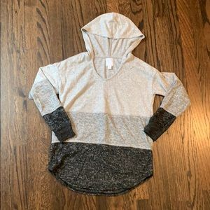 BRAND NEW! hooded sweater